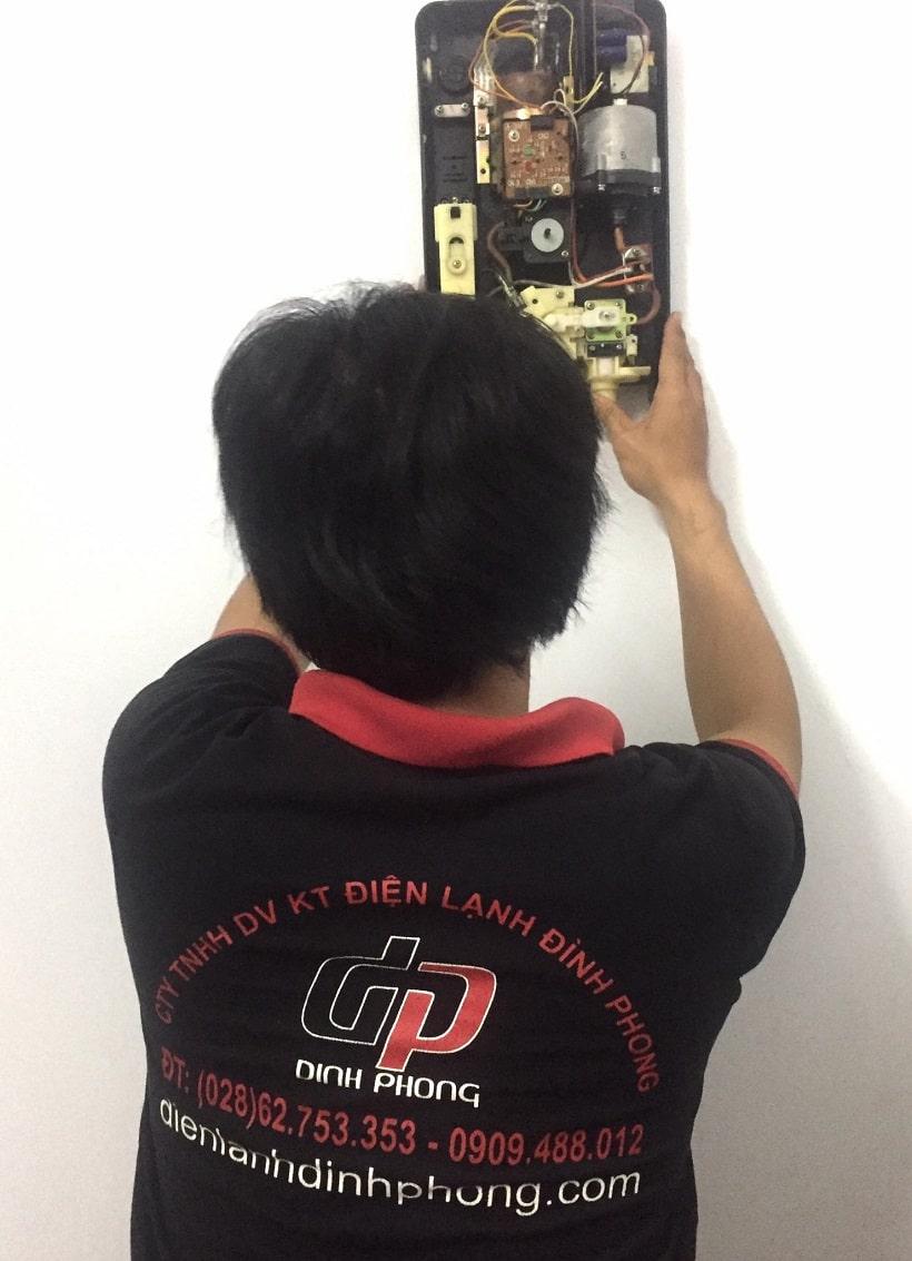 Sửa máy nước nóng Tân Phú
